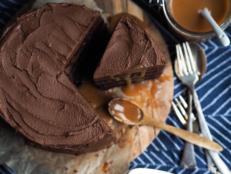 Sjokoladekake med rennende karamell_P2170105